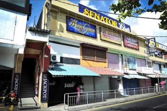 Senator Club Casino Central Flaq 1