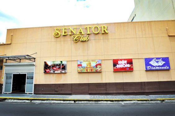 Senator Club Casino Port Louis 1